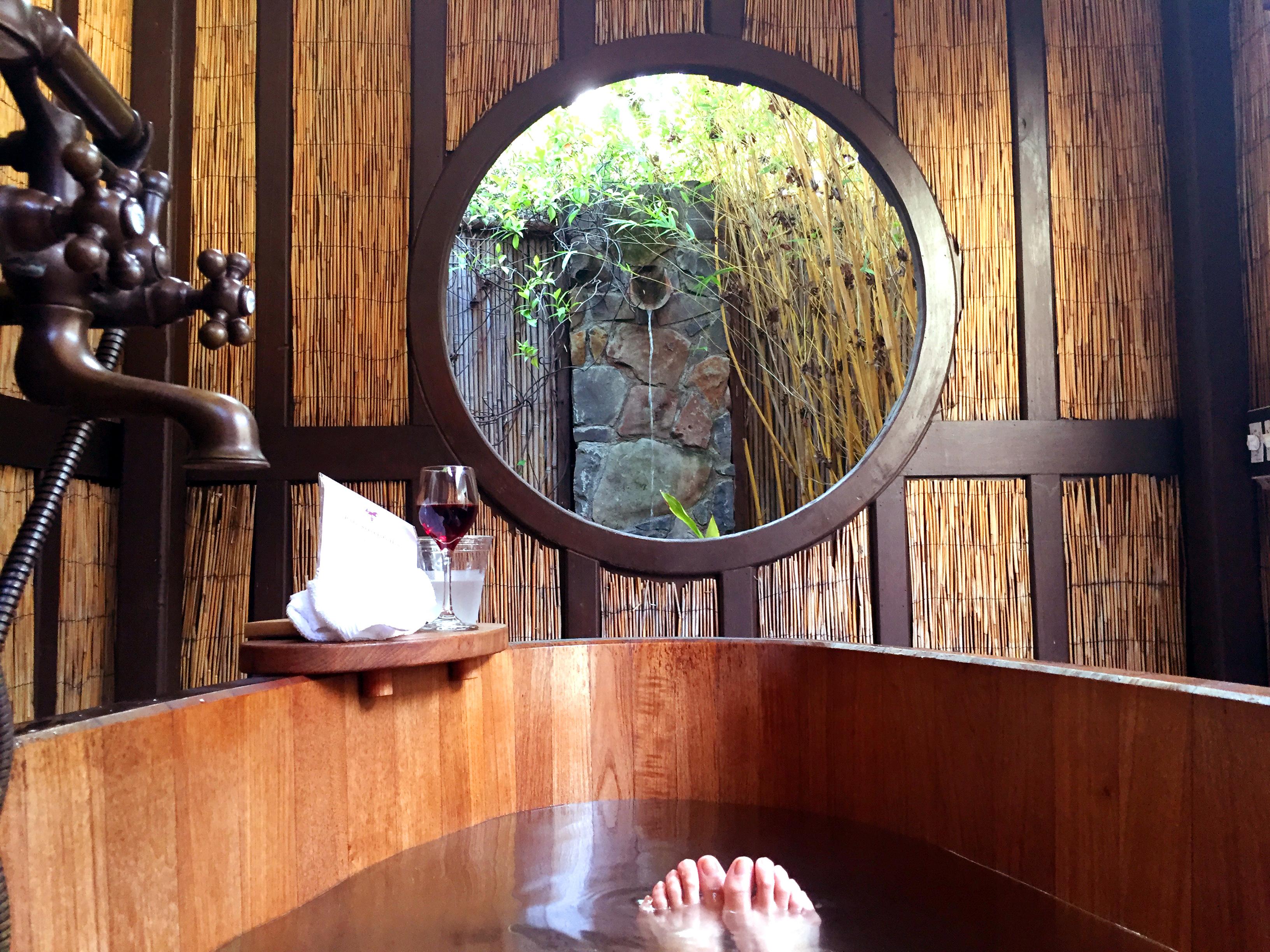 MacArthur Hotel and Spa, Sonoma California outdoor bath