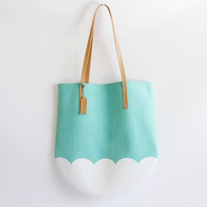 San Francisco Holiday Gift Guide Flowie Style Tulip Tote