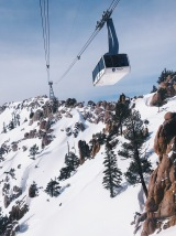 Squaw Valley Aerial Tram heading up to High Camp