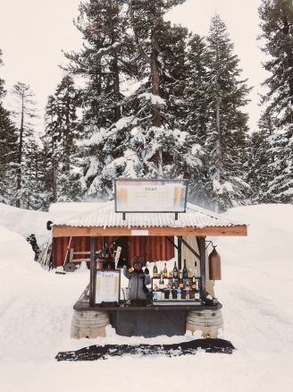 Northstar California champagne toast