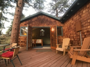 Romantic Riversong Bed and Breakfast- Estes Park, CO